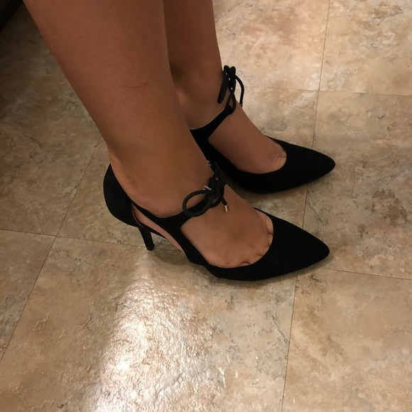 Unisa Shoes - Strappy Black Closed Toe Heels